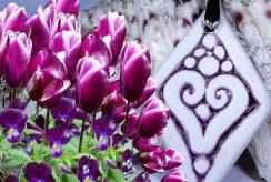 A tavasz ígérete-RIKA AromaÉkszer - szív motívumos medál -