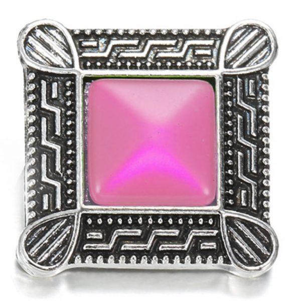 Négyzet - rózsaszín ékszer-patent