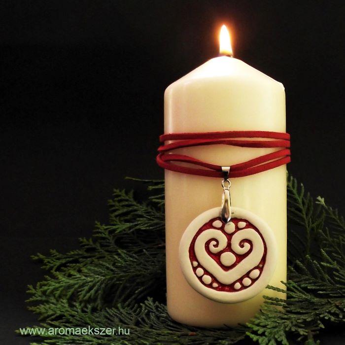 RIKA AromaÉkszer mint lakás illatosító és karácsonyi asztaldísz www.aromaekszer.hu
