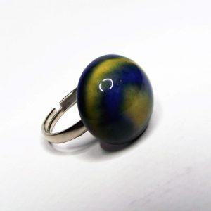 FÚZIÓ - Kék-sárga mázas kerámia gyűrű - közepes méret - www.aromaekszer.hu